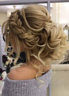 After getting the preferred dress accessories are the next important thing is Perfect Prom Hair Accessories i.e. cute clutch or a headband. Hairstyle comes next. The challenge is finding the Perfect Prom Hair Accessories. An outstanding set of accessories can change the entire look together.#hairstraightenerbeauty    #Prom HairAccessories  #Prom HairAccessoriessilver  #Prom HairAccessoriessparkle