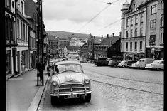 Bergen 1965 Foto: Weber, Harry Kilde bilde: Österreichische Nationalbibliothek - Austrian National Library Bergen, 12th Century, The St, Capital City, West Coast, Norway, Medieval, Survival, Street View