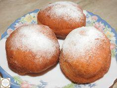 Gogosi pufoase Baked Potato, Hamburger, Muffin, Bread, Baking, Breakfast, Ethnic Recipes, Food, Morning Coffee