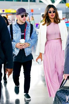 94eb412c210 Bollywood Hot actress priyanka chopra New Boy friend nick jonas spotted at  New York airport