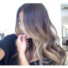Just love this hair color idea!
