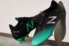 New Balance Introduces Furon Soccer, Football Boot New Balance Boots, New Balance Blue, Soccer Boots, Football Boots, Football Fashion, Barclay Premier League, Retro Look, Liverpool Fc, Home And Away