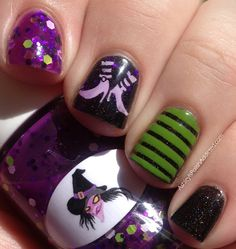 Ashley is PolishAddicted: The Nail Junkie Black Cat, Witch, Nail Art and a Giveaway! ♥