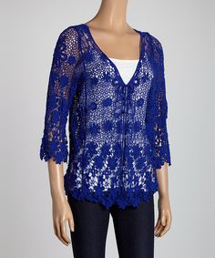 Carefully+crocheted+with+a+fresh+floral+pattern+for+a+lovely+look,+this+cool+cardigan+is+also+extraordinarily+lightweight+and+breathable.+It's+the+perfect+pick+for+classy+comfort!