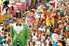 Carnaval: Bonecos Gigantes de Olinda animam os foliões