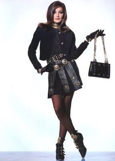 Versace A/W 1991 Photographer : Patrick Demarchelier Model : Carla Bruni