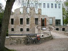 Ruhrgebietmitte hat KulturPOTTential - betreibt OSTWEST Kulturtransfer: Leseorte im Revier, Kubus, Park BO Weitmar,John Steibeck Reise mit Charly