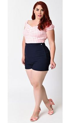 This Vintage plus size rockabilly fashion style outfits ideas 8 image is part from 100 Ideas to Dress Rockabilly Fashions Style for Plus Size gallery and article, click read it bellow to see high resolutions quality image and another awesome image ideas. Plus Size Rockabilly, Rockabilly Mode, Rockabilly Fashion, Rockabilly Outfits, Pin Up Outfits, Curvy Outfits, Plus Size Outfits, Fashion Outfits, Fashion Ideas