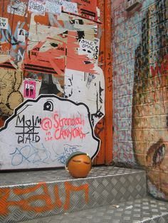 Who needs to pay twelve pounds plus cloakroom fee for an art gallery when you can see some of London's most cutting edge art for free? Redchurch Street in East London is covered with some of the best street art in the UK. And on Sunday when all the shops are closed and the shutters are down, you can see it in all its glory. Best Street Art, When You Can, East London, Shutters, About Uk, Art Gallery, Sunday, Shops, Cool Stuff