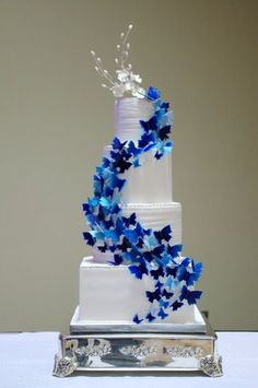 7 Navy Blue Wedding Cakes With Butterflies Photo - Blue Butterfly Wedding Cake, Navy Blue and Ivory Wedding Cake and Blue Butterfly Wedding Cake Topper Fancy Cakes, Cute Cakes, Pretty Cakes, Pink Cakes, Butterfly Wedding Cake, Butterfly Cakes, Blue Butterfly, Butterfly Birthday Cakes, Amazing Wedding Cakes