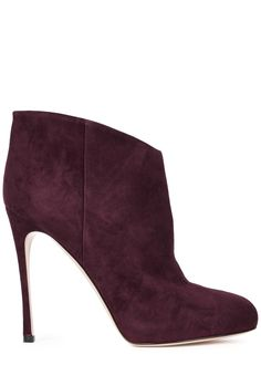 Gianvito Rossi burgundy suede ankle boots Heel measures approximately 4.5 inches/ 115mm with a 0.5 inch/ 25mm concealed platform Almond toe Come with a dust bag