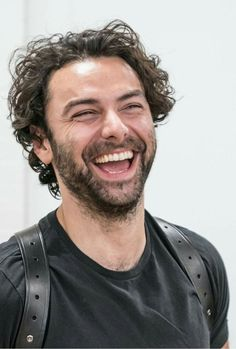 Who could not love this guy? Adrian Turner, Aiden Turner, Game Of Thrones Prequel, Aidan Turner Poldark, The Hobbit Movies, Out Of Touch, Irish Eyes, Kili, Daniel Craig