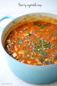 hearty-whole30-vegetable-soup