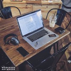 Bangkok Thailand (Dog Rocks)  by Tom (@tbarrett)  Use our app to find the best cafes and spaces to work from. -- Tom the photographer found a new awesome and dog-friendly workspace in Bangkok Thailand -- #workhardanywhere