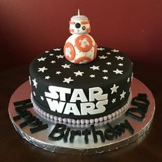 New Cake Designs Birthday Star Wars Ideas Star Wars Birthday Cake, 8th Birthday Cake, Themed Birthday Cakes, Birthday Ideas, Special Birthday, Bolo Star Wars, Star Wars Bb8, Bolo Harry Potter, Star Wars Cake Toppers