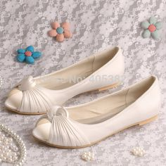 b13eb0dab7c8 28 Best Bridal Shoes images