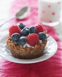 Granola Cups with Fruit & Yogurt