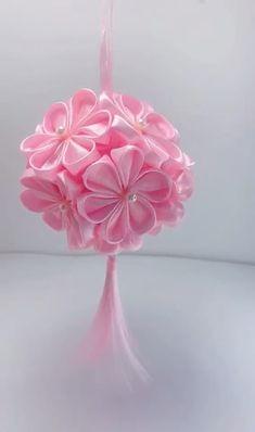 Diy Crafts Hacks, Diy Crafts For Gifts, Diy Arts And Crafts, Creative Crafts, Paper Flowers Craft, Flower Crafts, Diy Flowers, Fabric Flowers, Balloon Flowers