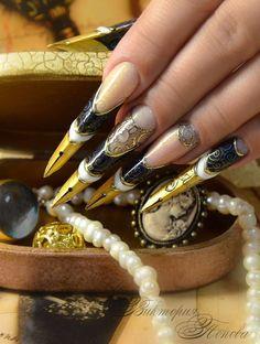 Gladiator pointy nails