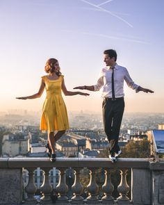Mode and the city. Cute Couple Halloween Costumes, Halloween Movies, Cool Costumes, Halloween Halloween, La La Land Costumes, Sebastian Costume, Movie Couples Costumes, Cosplay, Damien Chazelle