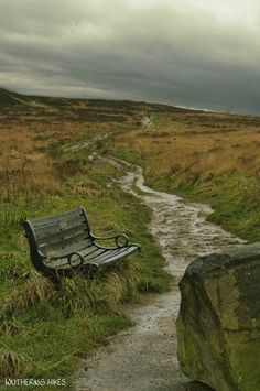 Beginning the Moorwalk path above Haworth Moor,. Bronte Sisters, Nature Sauvage, Wild Nature, Walking In Nature, Natural World, Pathways, The Great Outdoors, Deco, Beautiful Places
