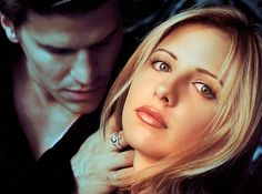 Sarah Michelle Gellar Just Picked Angel Over Spike And Nothing Will Ever Be The Same