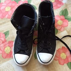 Preloved Converse High tops Black and white Converse. Patterned fold over.  Dirty but wearable 3733da680