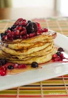 Slimming World Recipes - Slimming Eats. Really great recipes to try :) Slimming World Pancakes, Slimming World Desserts, Slimming World Breakfast, Slimming Eats, Slimming World Recipes, Syn Free Pancakes, Protein Pancakes, Cottage Cheese Pancakes, Get Thin