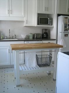 Top Butcher Block Islands: Boos, IKEA, Metro Shelving & Two More — Maxwell's Daily Find 02.18.15 | Apartment Therapy