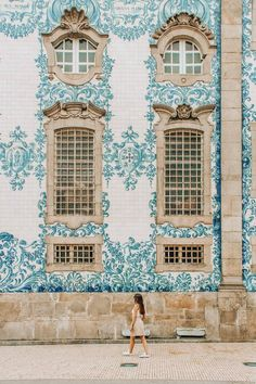 Top 10 Instagrammable Places in Oporto - The Traveler Sisters Travel Pictures, Travel Pics, What A Wonderful World, Great Photos, Where To Go, Wonders Of The World, Traveling By Yourself, Sisters, Mansions