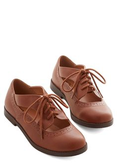 Party at the Parlor Flat - Low, Faux Leather, Tan, Solid, Cutout, Party, Work, Vintage Inspired, 20s, Good, Lace Up, Menswear Inspired