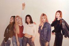 Kpop Girl Groups, Korean Girl Groups, Kpop Girls, Vogue Korea, Cosmic Girls, These Girls, New Girl, South Korean Girls, Girl Power
