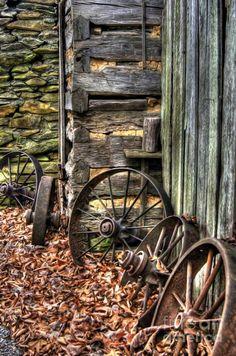 Wagon Wheel Print featuring the photograph Wheels Of Time by Benanne Stiens Country Farm, Country Life, Country Living, Abandoned Houses, Abandoned Places, Old Wagons, Country Scenes, Old Farm, Time Art