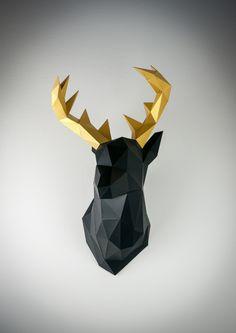Nope... das ist nicht gerendert. Das ist wirklich aus Papier. Irgendwie morbide und faszinierend zugleich... → Mehr #Design #Origami #Ideen & #Inspiration auf pins.dermichael.net ▶▶