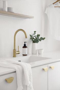 Classic Coastal Laundry — Zephyr + Stone Laundry Storage, Laundry Hacks, Laundry Bathroom Combo, Elegant Bathroom Decor, Laundry Room Layouts, Laundry Rooms, Ideal Bathrooms, Laundry Room Design, Minimalist Living