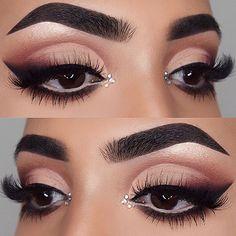 Details:  @anastasiabeverlyhills  dip brow pomade in dark brown & glow getter highlight from @nicoleguerriero glow kit @shophudabeauty @hudabeauty rose gold eyeshadow palette(sandalwood,henna,bae,coco,black truffle) @lillylashes Alina lashes @motivescosmetics lbd gel eyeliner @morphebrushes brushes @tartecosmetics shape tape concealer in medium & tan .  .  .  .  .  .  .  .  .  .  .  .  .  .  .  .  .  .  .  .  .  .  .  .  .