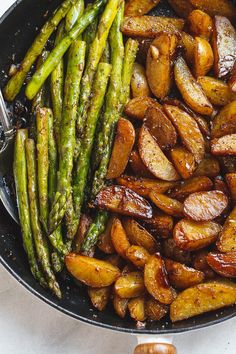 Garlic Balsamic Baby Potatoes With Asparagus - A gorgeous, flavorful side dish that makes an easy addition to any grilled meat. Side Dishes For Ribs, Dinner Side Dishes, Sides For Ribs, Pork Rib Recipes, Side Dish Recipes, Barbecue Recipes, Chef Recipes, Meat Recipes, Vegetarian Recipes