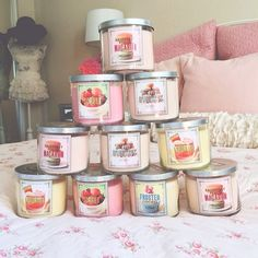 Bath and body works sweet shop collection Bath N Body Works, Bath And Body Works Perfume, Bath Candles, Scented Candles, Candels, Smell Good, Girly Things, Body Care, Decoration