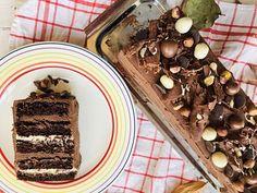 Tort Natacha cu cremă de ciocolată albă, piure de caise și ganache de ciocolată – Chef Nicolaie Tomescu Something Sweet, Waffles, Pudding, Tiramisu, Breakfast, Cake, Desserts, Food, Sweets
