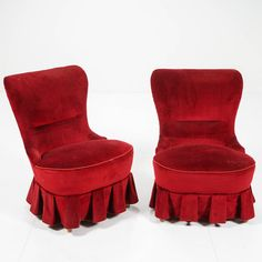 Emmatuoleja pari. Chair, Furniture, Design, Home Decor, Decoration Home, Room Decor, Home Furnishings, Stool