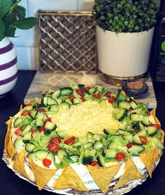 Sandwich Cake, Sandwiches, Party Buffet, Eat To Live, Dessert Drinks, Tex Mex, Food Inspiration, Tapas, Avocado