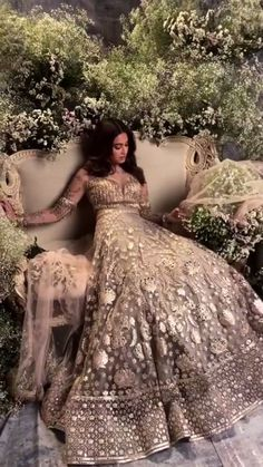 15 Super Ideas For Indian Bridal Outfits Sabyasachi Brides Indian Bridal Outfits, Indian Bridal Lehenga, Indian Bridal Wear, Bridal Dresses, Lehenga Wedding, Indian Attire, Indian Ethnic Wear, Pakistani Dresses, Indian Dresses