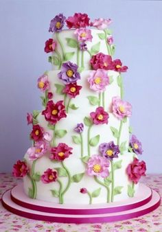 love flowers and cake but it has to be vinilla flavor