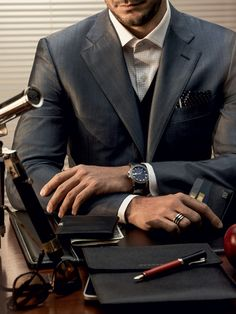 Accessories Gentleman's Essentials Dapper Gentleman, Gentleman Style, Dapper Men, Sharp Dressed Man, Well Dressed Men, Looks Style, Men's Style, Classy Style, Suit And Tie