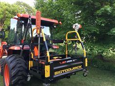 Buy tractor attachments and tractor accessories online. Offering tractor carry all, compact tractor attachments, 3 point carry all, ballast box and tractor toolbox. Tractor Shed Ideas, Tractor Drawbar, Old Ford Trucks, Lifted Chevy Trucks, Ford Tractors, Pickup Trucks, Small Tractors, Compact Tractors, Compact Tractor Attachments
