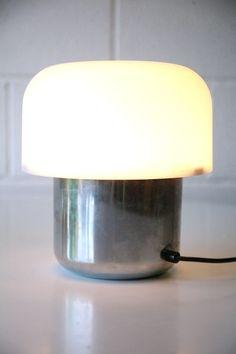 84 Idee Su Guzzini Lampade Lampade Da Tavolo Lampada Vintage