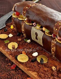 Die 11 Besten Bilder Von Schmuckkastchen Schatztruhe Torte