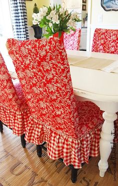 Love These Slip Covers Red Toile Checkered Dining Room Chairs