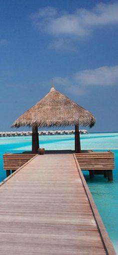 Naladhu...South Male Atoll, Maldives   LOLO
