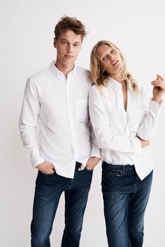 Model siblings Toni and Niklas Garrn have collaborated with the denim line Closed for their genderless capsule collection. Toni Garrn, Daily Fashion, Fashion News, Fashion Outfits, Vogue Fashion, Fashion Models, Shotting Photo, Unisex Clothes, Photography Poses